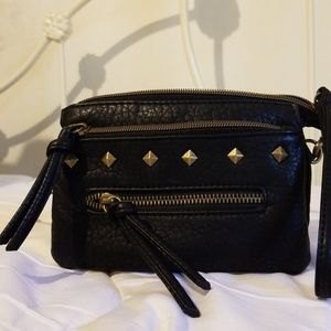 Women s Sears Handbags on Poshmark ac1dfd703bc7d